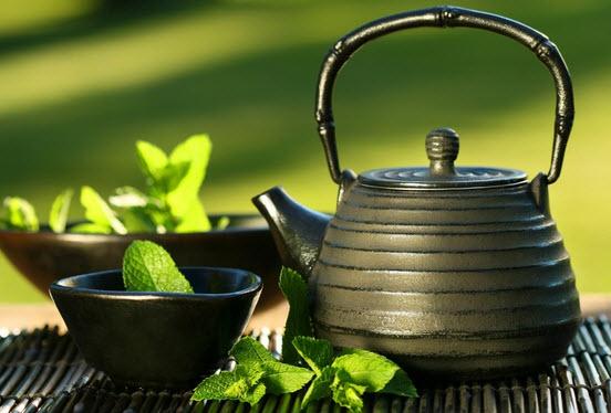 Sencha Green Tea preparation